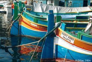 Pêcheurs et embarcations