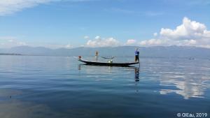 Pêcheur sur sa barque
